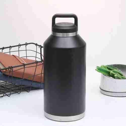 Best the coldest water bottle 64 oz vs yeti water bottle